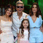 Flávia Alessandra visita Palácio de Versalhes com filhas: 'Mamãe feliz'. Fotos!