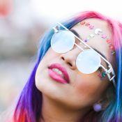 Peças com as cores do arco-íris para incorporar a diversidade no look do dia