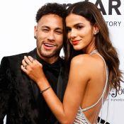Bruna Marquezine reage a pisão em Neymar em jogo: 'Não encosta no meu namorado'