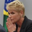 Xuxa Meneghel  tem visitado hospital em São Paulo regularmente para acompanhar o resultado da cirurgia via ultrassom