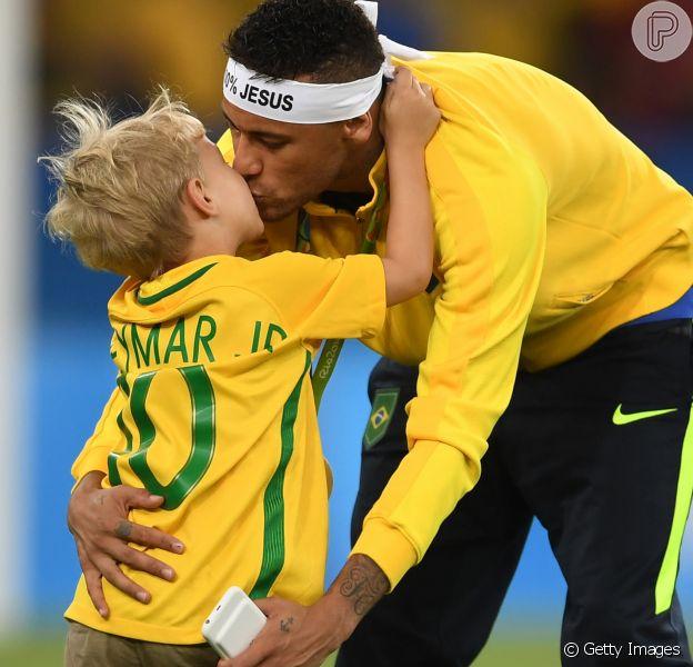 Davi Lucca, filho de Neymar, mandou 'boa sorte' para o pai, em seu Instagram, nesta sexta-feira, 6 de julho de 2018. Veja o vídeo abaixo!