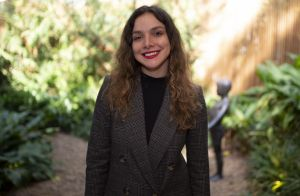 Moda, beleza e personalidade: as dicas de Yasmine Sterea para conquistar estilo