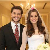 Camila Queiroz se casa com Klebber Toledo durante festa junina em hotel. Fotos!