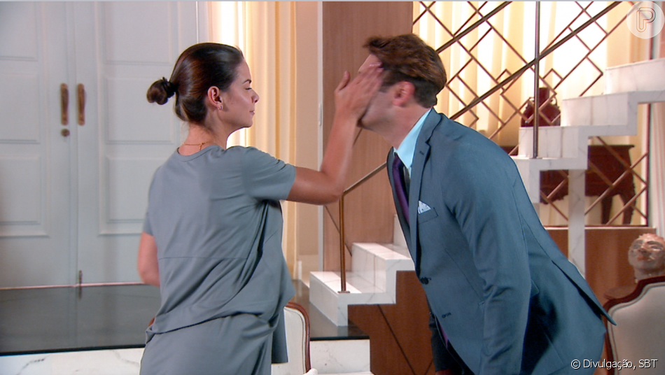 Luísa (Milena Toscano) dá um tapa no rosto de Afonso (Victor Pecoraro) quando ele tenta lhe roubar um beijo, no capítulo que vai ao ar terça-feira, dia 24 de julho de 2018, na novela 'As Aventuras de Poliana'