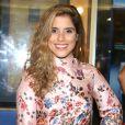 Camila Camargo  organizou um chá de lingerie com as amigas em São Paulo