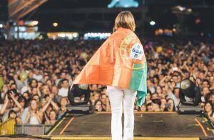 Paula Fernandes, em turnê pela Europa, conheceu fã com mesmo nome: 'Inusitado'