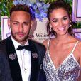 Neymar e Bruna Marquezine estão juntos em Paris durante as férias da atriz após o fim de 'Deus Salve o Rei'