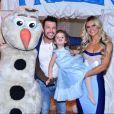Valentina, filha de Mirella Santos e Wellington Muniz, ganhou festa com a temática 'Frozen'
