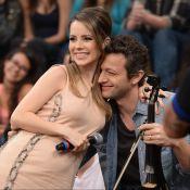 Sandy e o marido, Lucas Lima, ganham beijo do filho, Theo, em estúdio: 'Te amo'