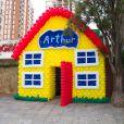 Eliana comemorou o aniversário e 3 anos do filho, Arthur, em uma casa de festas em São Paulo, neste domingo, 10 de agosto de 2014
