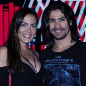 Paixão em alta! Sertanejo Mariano curte show com namorada, Carla Prata. Fotos