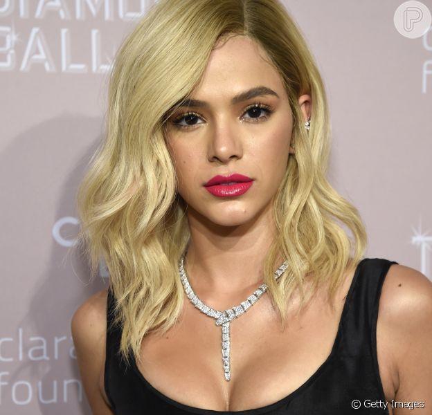 Bruna Marquezine loira! Atriz mudou a cor do cabelo em Nova York, em 13 de setembro de 2018