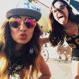 Bruna Marquezine está em Los Angeles, nos EUA, na companhia de Stephannie Oliveira, filha do ex-jogador Bebeto
