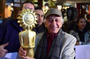 Flávio Migliaccio recebe troféu Oscarito no Festival de Gramado: 'Coisa mágica'