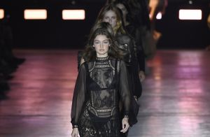Alberta Ferretti traz romance utilitário para Semana de Moda de Milão