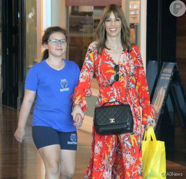 Ana Furtado passeou com a filha em shopping do Rio de Janeiro nesta quinta-feira, 27 de setembro de 2018