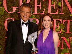 Tudo sobre o look sustentável de Julianne Moore no Green Carpet Fashion Awards