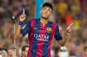Neymar faz 2 gols pelo Barcelona em sua volta aos gramados, após lesão na coluna