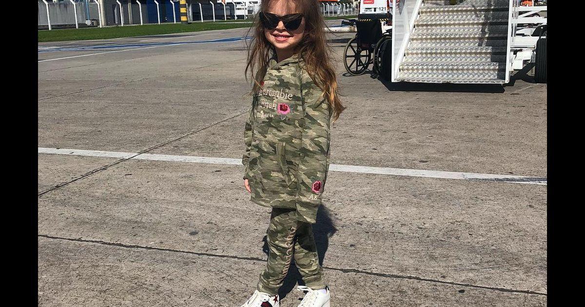 Veja o estilo de Valentina, filha de Mirella Santos e ...