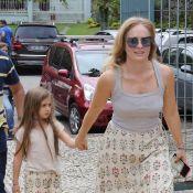 Tal mãe, tal filha! Famosas combinam produções e esbanjam estilo. Veja fotos!