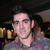 Marcelo Adnet é alvo de protesto durante compras em mercado: 'Vaza!'
