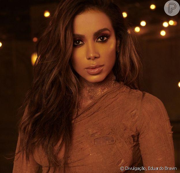 Anitta negou que a música 'Não Perco Meu Tempo' é uma indireta para o ex-marido, Thiago Magalhães