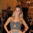 Giovanna Ewbank rouba a cena com look elegante e de barriguinha de fora em evento em São Paulo, nesta quarta-feira, 3 de setembro de 2014