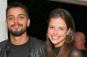 Rodrigo Simas curte viagem com Agatha Moreira e amigos pela África do Sul