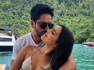 Emilly Araújo exalta namorado: 'Homem lindo que enche meu coração de amor'