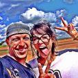 O instrutor que orientou o salto de Maria publicou na quarta-feira, 2 de abril de 2014, uma foto ao lado da atriz e comemorou: 'Energia e boas vibrações, essa pessoa tem tudo isso e muito mais. Adorei o dia, Maria Casadevall. Seja bem vinda ao meu mundo'