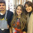 Caio Castro quebrou a clavícula durante uma viagem para o Chile. No início de julho de 2014, já de volta ao Brasil e usando uma tipóia, o ator foi clicado com uma fã ao lado de Maria Casadevall