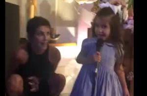 Filha de Deborah Secco canta em festa surpresa de aniversário da atriz. Vídeo!