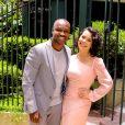 Fernanda Souza foi ao casamento acompanhada pelo marido, Thiaguinho