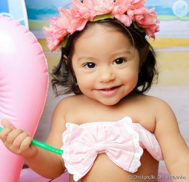 Yolanda, filha de Juliana Alves, roubou a cena ao tomar banho de mangueira nesta sexta-feira, 14 de dezembro de 2018. Veja a seguir!