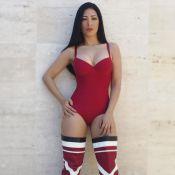 Simaria eleva autoestima em foto de body e botas over the knee: 'Ame seu corpo'