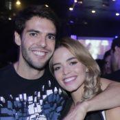 Carol Dias curte férias na neve com o noivo, Kaká, e os filhos dele: 'Juntos!'