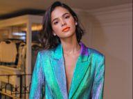 Holográfico, coral & animal print! Bruna Marquezine monta look com mix de trends