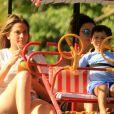 Fernanda Gentil e Priscila Montandon se dividem nos cuidados com Gabriel, filho dela e do empresário Matheus Braga: 'A gente tenta fazer um revezamento para o xixi porque o Gabriel está desfraldando'