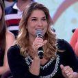 A atriz Priscila Fantin foi ao programa 'Encontro com Fátima Bernardes' falar de maternidade em dezembro de 2012