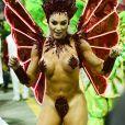 Rainha de bateria da X-9 Paulistana, Juju Salimeni desfila só de tapa-sexo pelo Sambódromo do Anhembi, em São Paulo, na madrugada deste sábado, 2 de março de 2019
