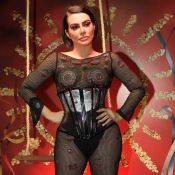 Jumpsuit + corselete: a escolha de Cleo para representar camarote no Carnaval