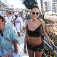 Bruna Marquezine curtiu o Carnaval de Salvador em diferentes blocos