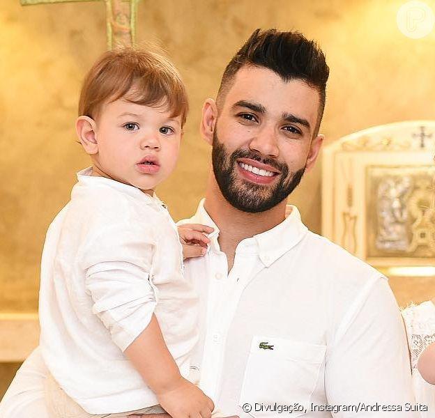 Filho de Gusttavo Lima, Gabriel é elogiado pelo sertanejo ao cantar em vídeo nesta quarta-feira, dia 13 de março de 2019