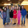 Ticiane Pinheiro foi ao cinema com amigas de infância antes do show de Sandy e Junior, nesta terça-feira, dia 03 de abril de 2019