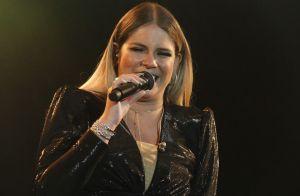 Vibe rocker: Marília Mendonça usa blusa com piercing de mamilo. Foto do look!