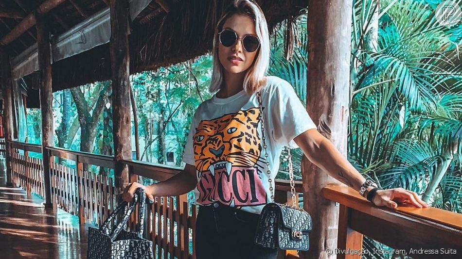 Andressa Suita abusa da trend da logomania em aerolook usado neste domingo, dia 07 de abril de 2019