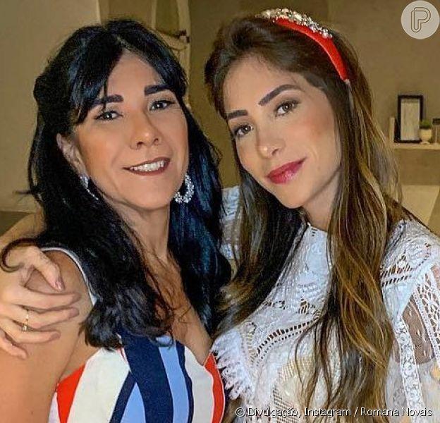 Romana Novais impressiona por semelhança com a mãe, Hilva, em foto