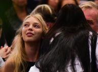 Marido e filha de Carol Bittencourt são consolados em missa de 7º dia da modelo