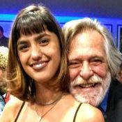 José de Abreu e namorada ignoram diferença de 51 anos: 'Nos sentimos bem'