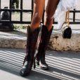 As botas de cowboy estão em alta até para complementar looks mais frescos